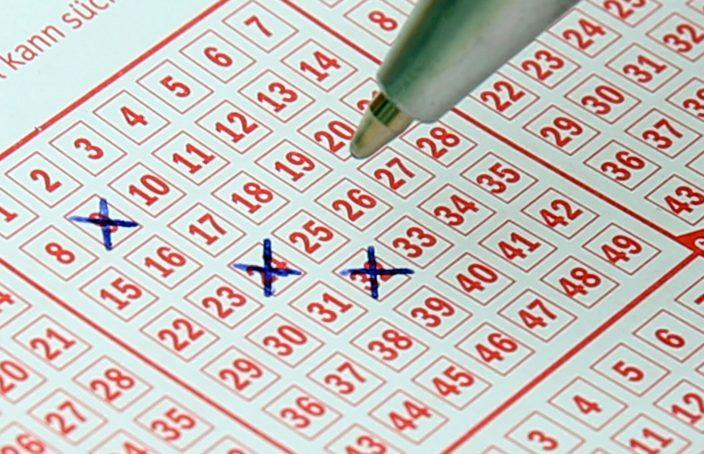 Wie Viele Menschen Spielen Lotto